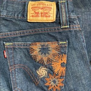 Levi's 542 Women's Jeans w/Custom Embroidery 12R